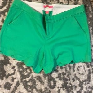 BNWOT Lilly P buttercup stretch shorts 10